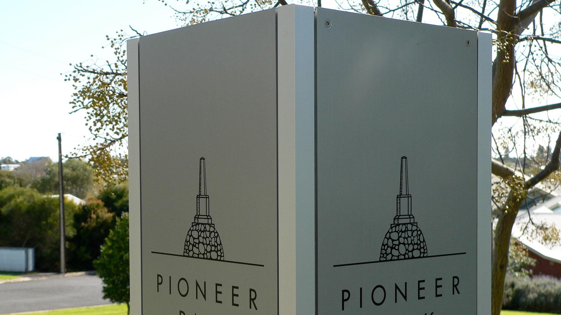 proj-pioneer-feat