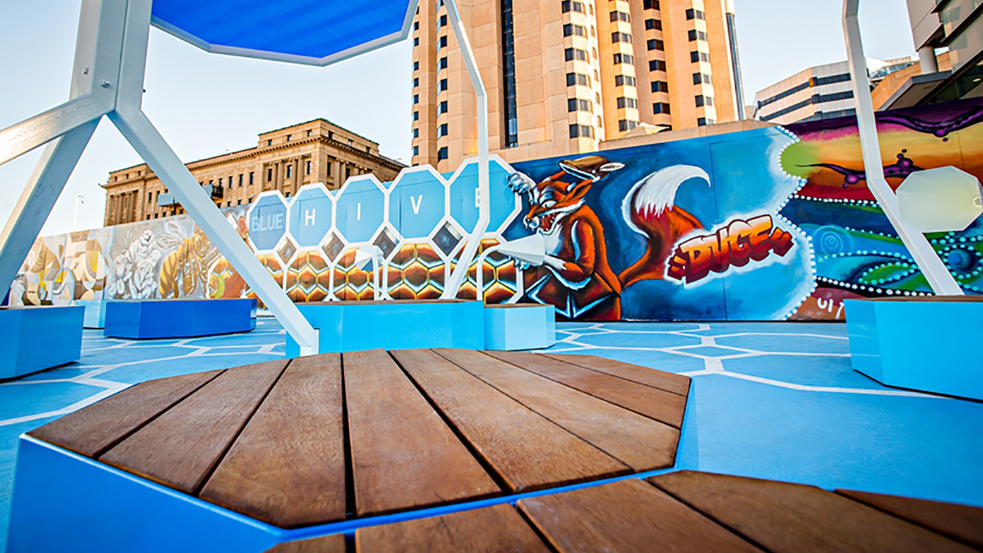 The-Blue-Hive-River-Bank-Promenade-Adelaide-20-2